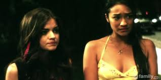 Pretty Little Liars wallpaper containing attractiveness and a portrait entitled Aria and Emily