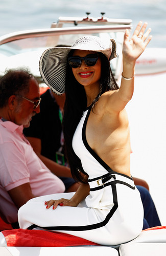 Arrives In The Paddock দ্বারা Motor Launch Before The Monaco Formula One Grand Prix [27 May 2012]