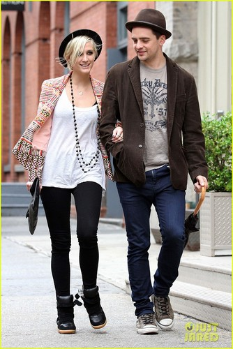 Ashlee Simpson & Vincent Piazza: Big apel, apple Bonding