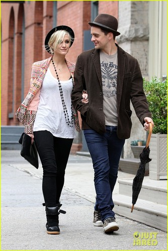 Ashlee Simpson & Vincent Piazza: Big apple Bonding