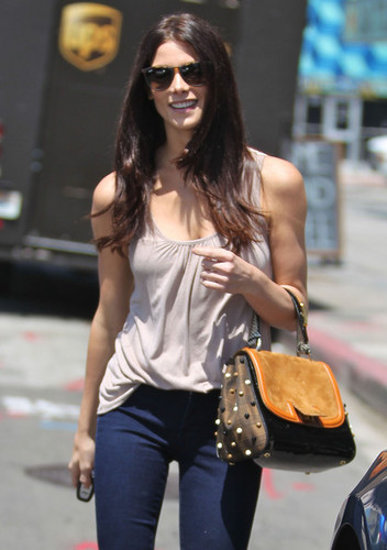Ashley Greene wallpaper probably with sunglasses entitled Ashley Greene stops by a casting office in Los Angelas, California May 29 2012