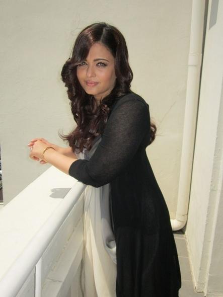 Ashwariya at cannes 2012