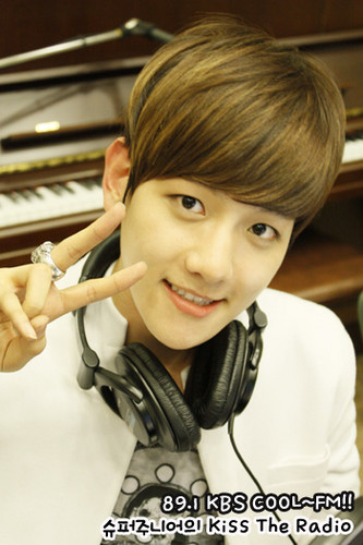 Baek Hyun @ KISS The Radio