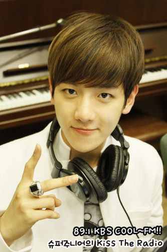 Baek Hyun @ Ciuman The Radio