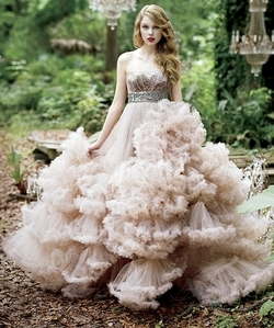 Beatiful tay!