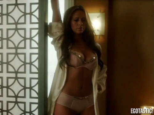Jennifer Love Hewitt wallpaper probably with a bikini entitled Bra Scenes on The Client List [20 May 2012]