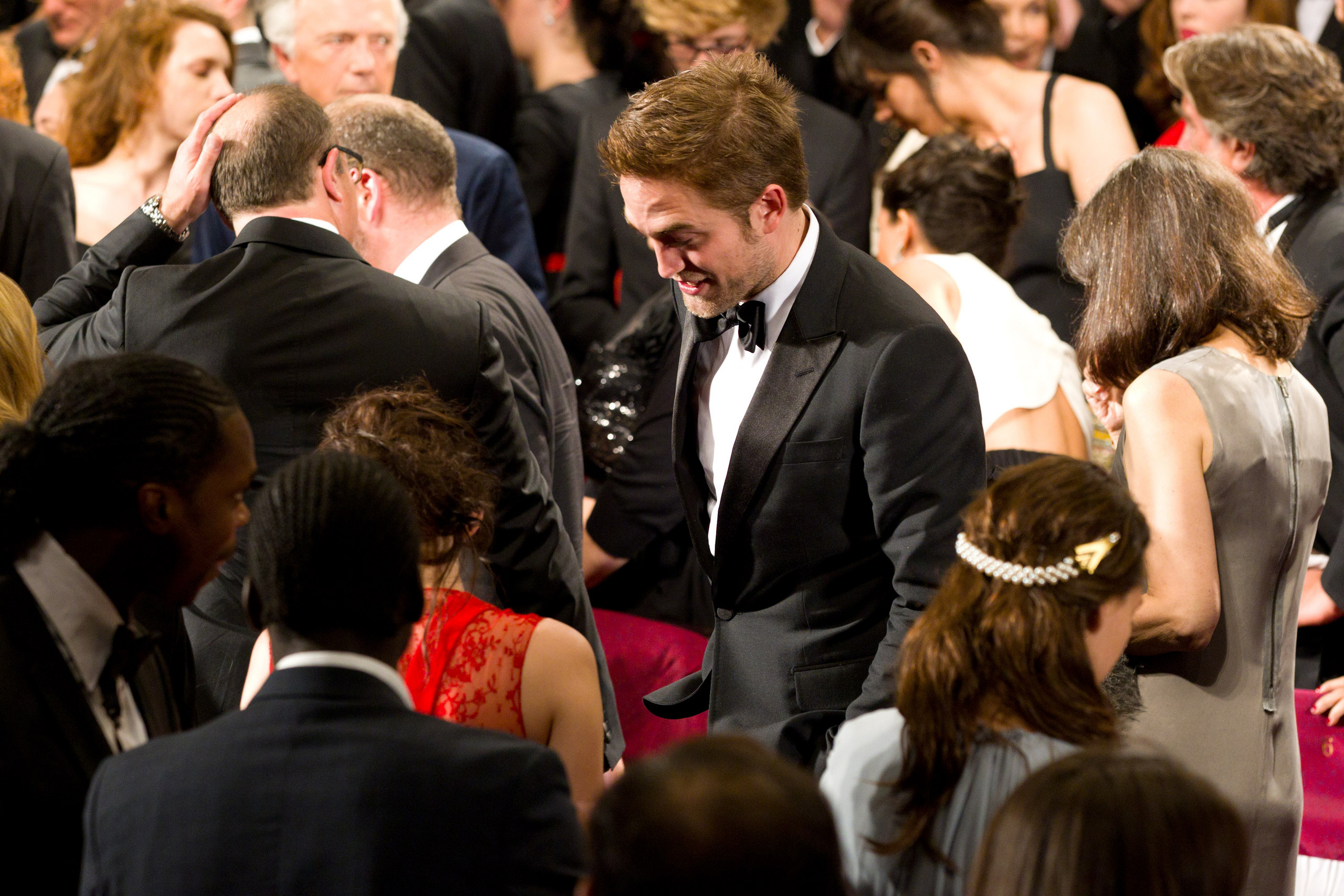"robert pattinson and kristen stewart 2012 dating Another tweeted: ""when you're just innocently at a bar in la and suddenly robert pattinson and kristen stewart appear right in front of you edward and but they called time on the relationship in 2012 after it was reported stewart had cheated on him with director rupert sanders pattinson went on to."