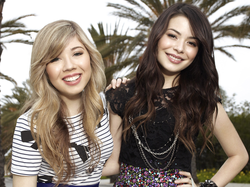 iCarly wallpaper containing a portrait called Carly & Sam