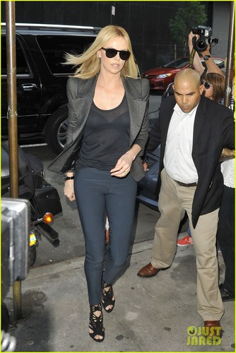 Charlize Theron: 'Colbert Report' Appearance!
