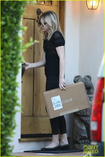 Chloe Moretz: Gilt Arrival