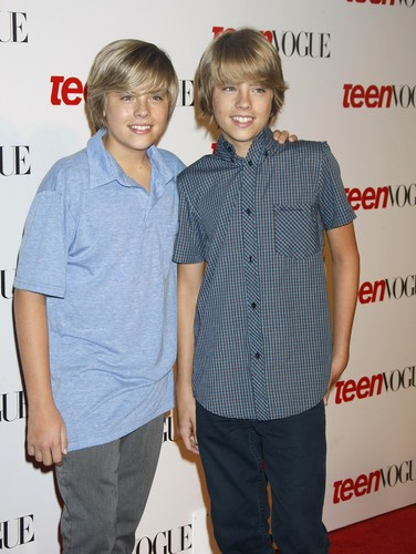 斯普劳斯兄弟 壁纸 with a well dressed person titled Cole and Dylan Sprouse @ Teen Vogue Young Hollywood Party, 18 Sep 2008