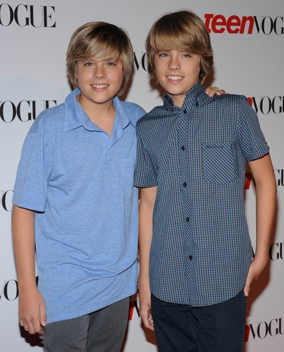 I fratelli Sprouse wallpaper possibly containing a well dressed person entitled Cole and Dylan Sprouse @ Teen Vogue Young Hollywood Party, 18 Sep 2008