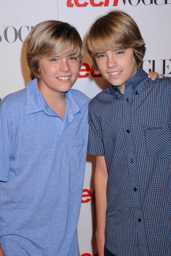 The Sprouse Brothers wallpaper containing a portrait titled Cole and Dylan Sprouse @ Teen Vogue Young Hollywood Party, 18 Sep 2008