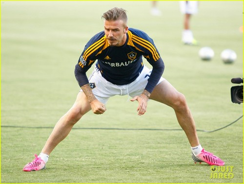 David Beckham: Samsung Soccer Commercial! - david-beckham Photo