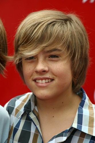 斯普劳斯兄弟 壁纸 probably with a portrait titled Dylan & Cole Sprouse @ Variety's Power of Youth, 04 Oct 2008
