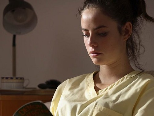 Effy Stonem 壁纸 possibly with a portrait entitled Effy Stonem