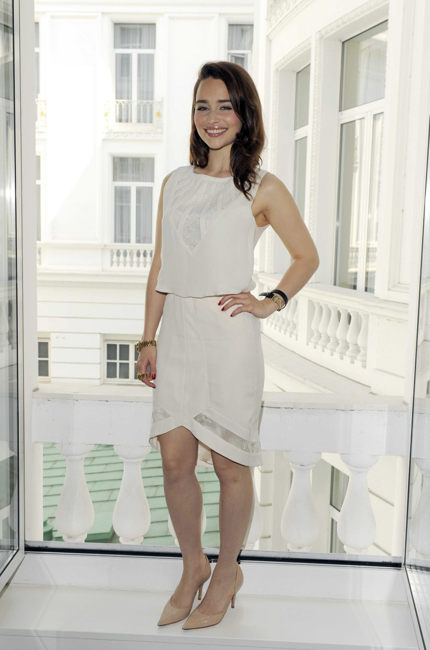 Emilia Clarke- Sky Atlantic HD Launchparty - Photocall