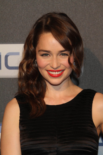 Game of Thrones wallpaper probably containing a portrait entitled Emilia clarke @ Sky Atlantic HD Launchparty