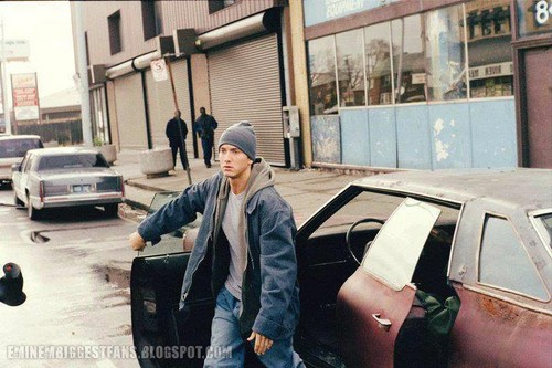 EMINEM wallpaper with a street entitled Eminem