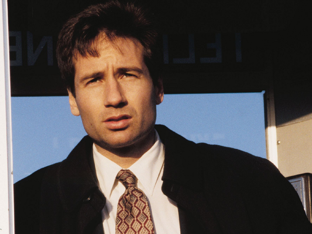 fox mulder images fox mulder hd wallpaper and background photos