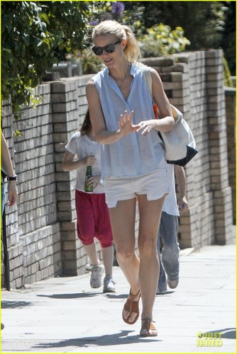 Gwyneth Paltrow: Who Wears Short Shorts?