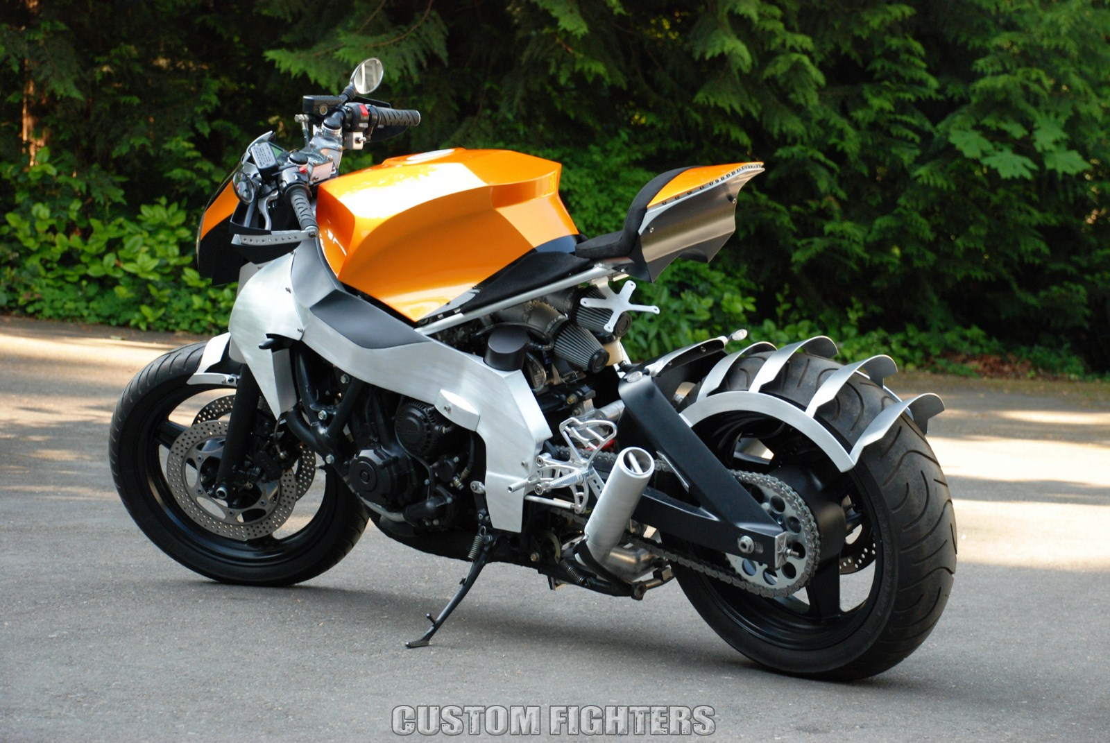 Custom Honda CBR 1600 x 1071 · 391 kB · jpeg