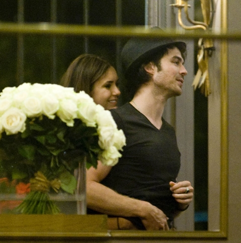 Nina's hand under Ian's t-shirt - ian-somerhalder-and-nina-dobrev Photo