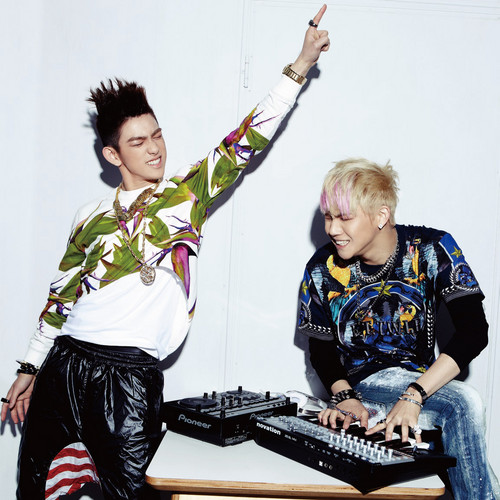 "JJ Project ""Bounce"" Digital Booklet - jj-project Photo"