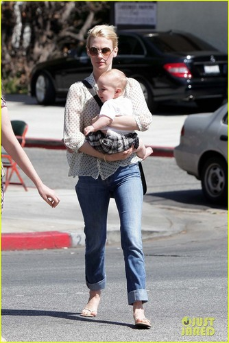 January Jones wallpaper probably with a boater and a street called January Jones: Little Dom's Lunch with Xander!
