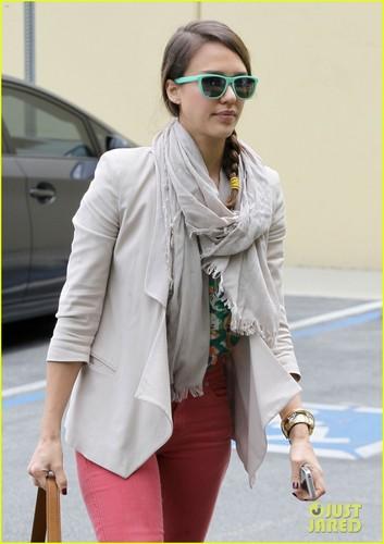 Jessica Alba: Pre-Holiday Office Visit