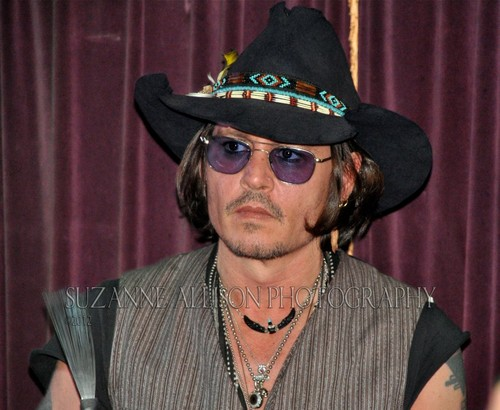 Johnny Depp wallpaper with a snap brim hat, a campaign hat, and a fedora called Johnny (5/25/12)