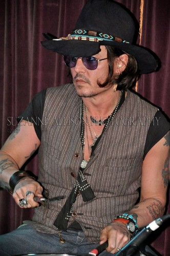 Johnny Depp wallpaper with a fedora, a boater, and a campaign hat entitled Johnny @ the Mint - 5/25/12