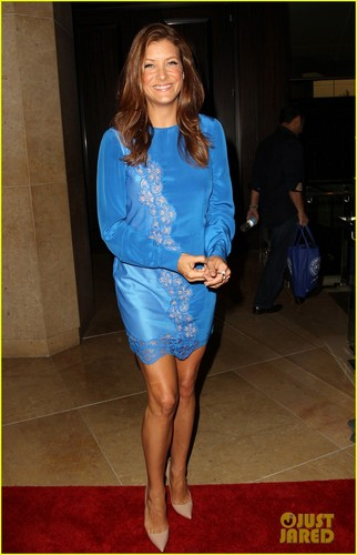 Kate Walsh: United 프렌즈 of the Children Benefit!