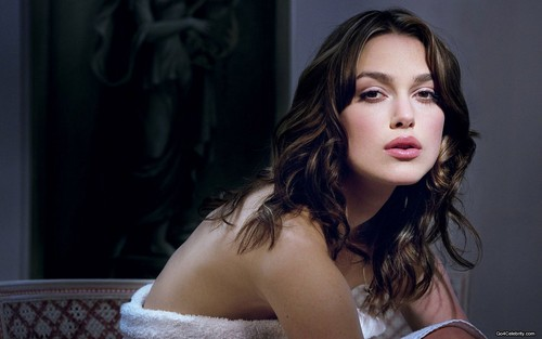 Keira Knightley پیپر وال containing a portrait called Keira