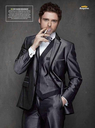 Richard Madden- Esquire México, May '12