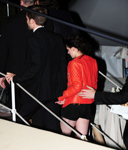 """Kristen and Robert leaving """"Cosmopolis"""" after party"""