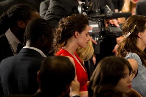 Kristen at Cosmopolis premiere [ Cannes 25/5 2012]
