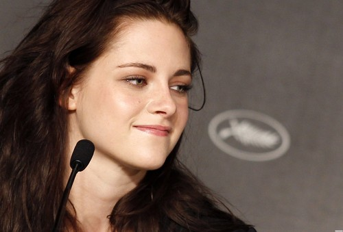 Kristen at the 65th Cannes Film Festival {'On the Road' Press conference}