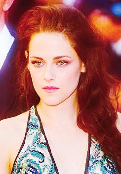 Kristen at the OTR Premiere