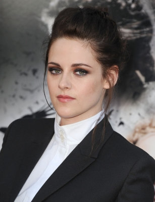 "Kristen at the ""Snow White and the Huntsman"" screening in LA."