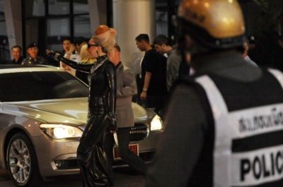Lady Gaga arriving at Bangkok airport - lady-gaga Photo