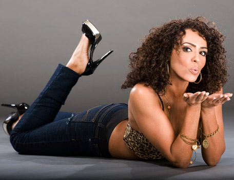 Layla (WWE) fond d'écran called Layla Photoshoot Flashback