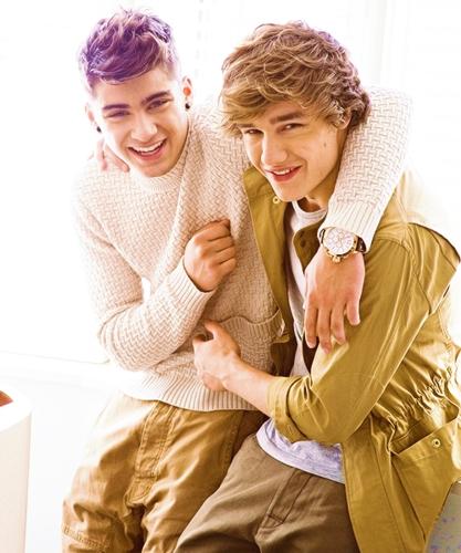 Liam and Zayn....<3