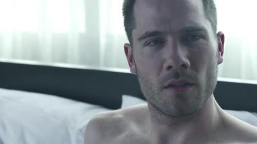 Luke Macfarlane Hintergrund entitled Luke Macafrlane in new short movie Erection