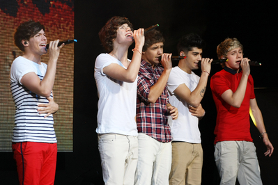 MAY 26TH - AT BEACON THEATRE, NYC♥ - one-direction Photo