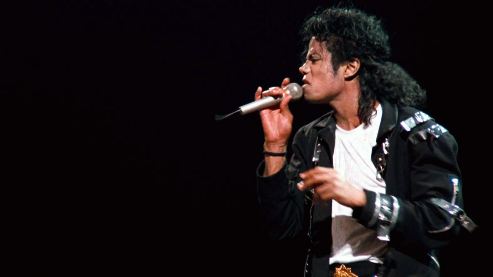 Michael Jackson man in The Mirror instrumental Mp3 Download
