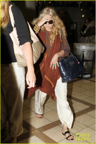 Mary-Kate Olsen - At LAX Airport, May 16, 2012