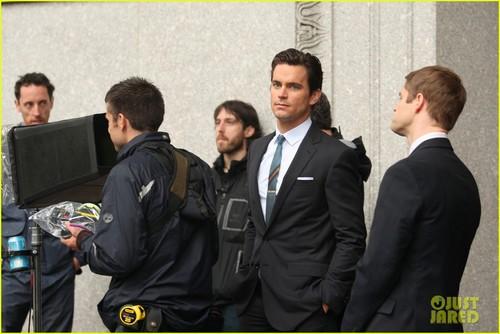 Matt Bomer wallpaper containing a business suit and a suit entitled Matt Bomer: 'White Collar' Boogie