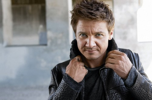 Jeremy Renner wallpaper possibly containing a portrait titled Mens Health(2010)