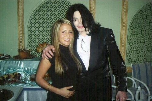 Michael Jackson with a peminat